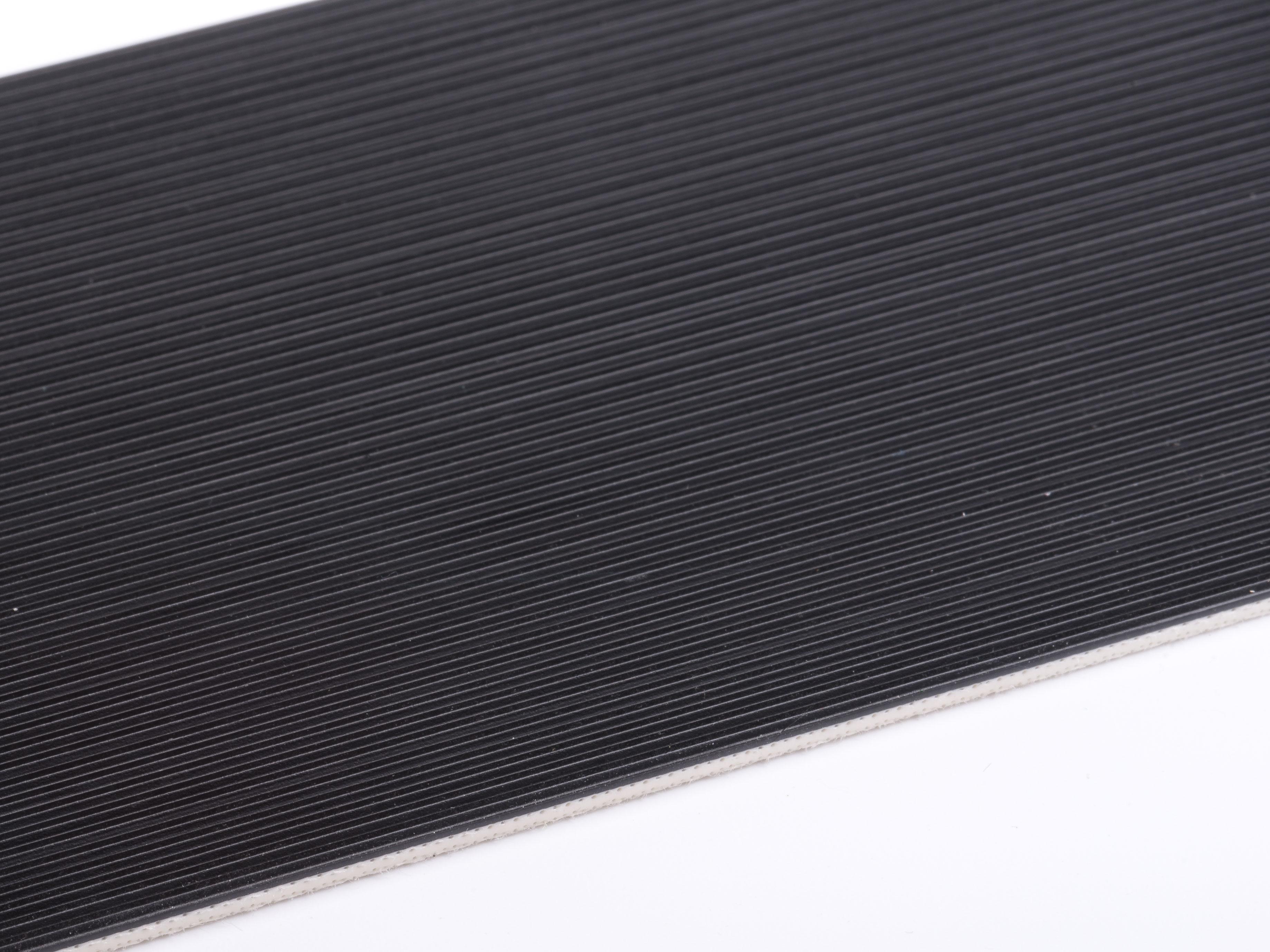 E 8/2 U0/V15 LG-SE schwarz