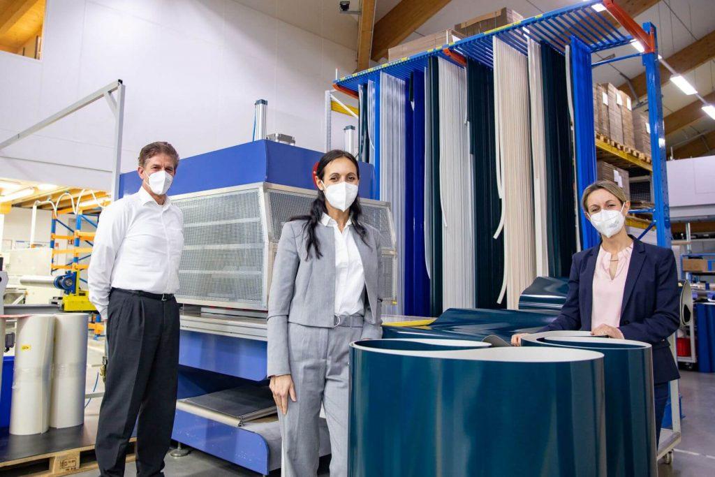 DB JR CR mit Masken