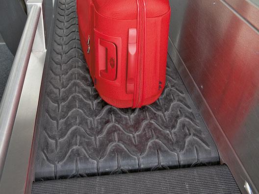 Gepäckband am Check-In