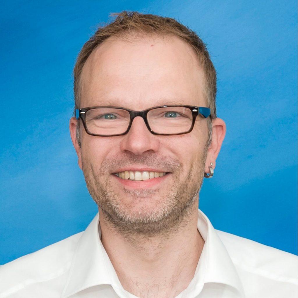 Service und Montage Leiter Herr Oliver Voss